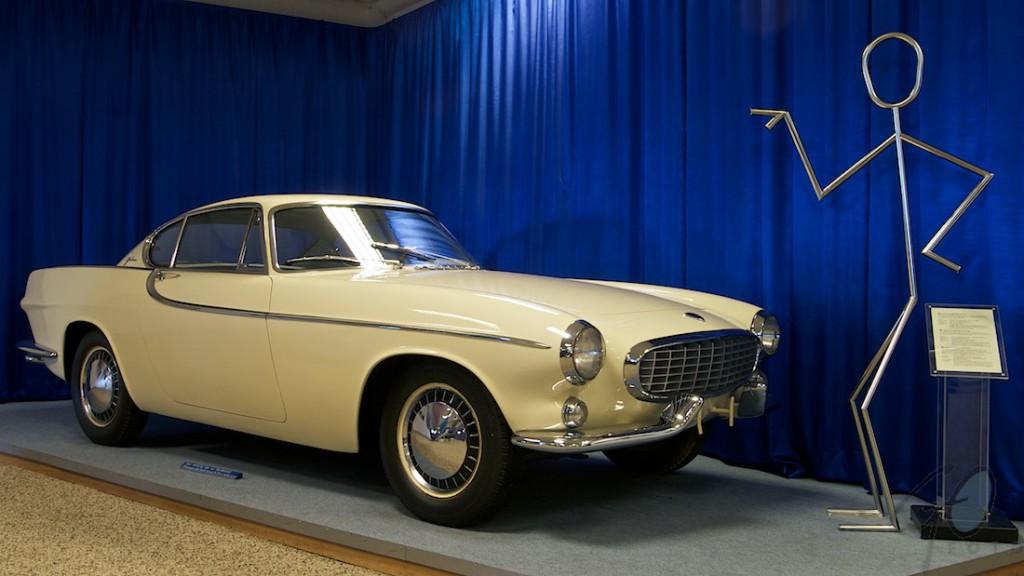 Merkentrouw. Foto van een klassieke Volvo. The Saint