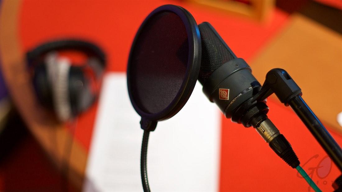 Voice-over verliest zijn stem(pel)